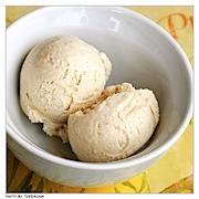Köstliche Kokosnuss-Eiscreme